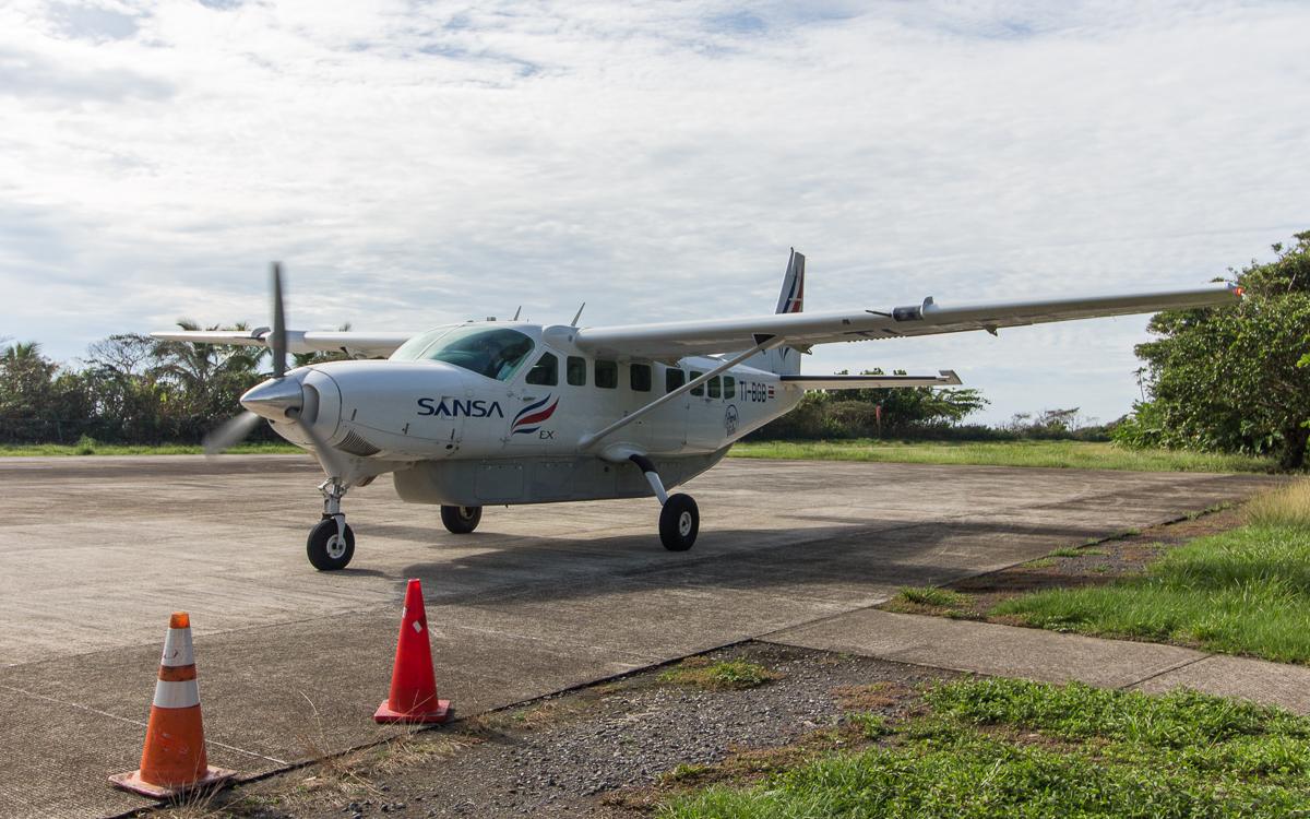 Tortuguero Nationalpark Flugzeug Sansa