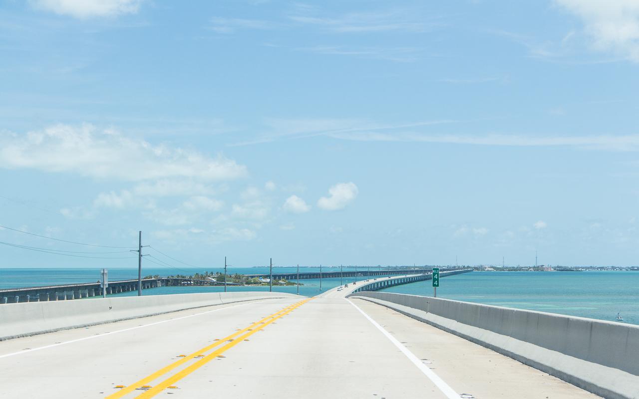 Fahrt über Seven Mile Bridge Florida