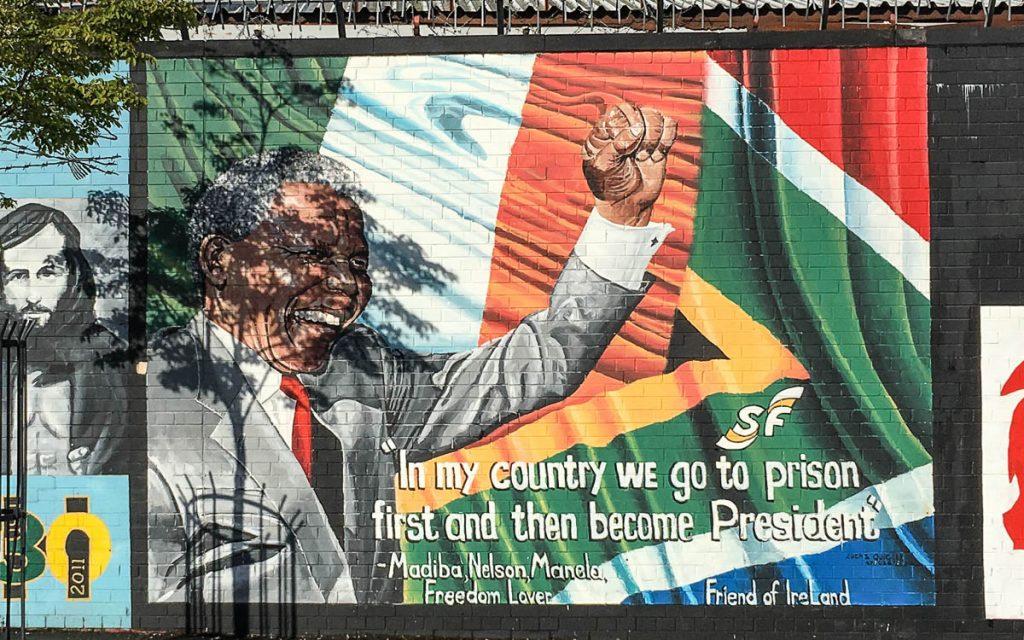 Belfast Sehenswürdigkeiten Murals Nelson Mandela