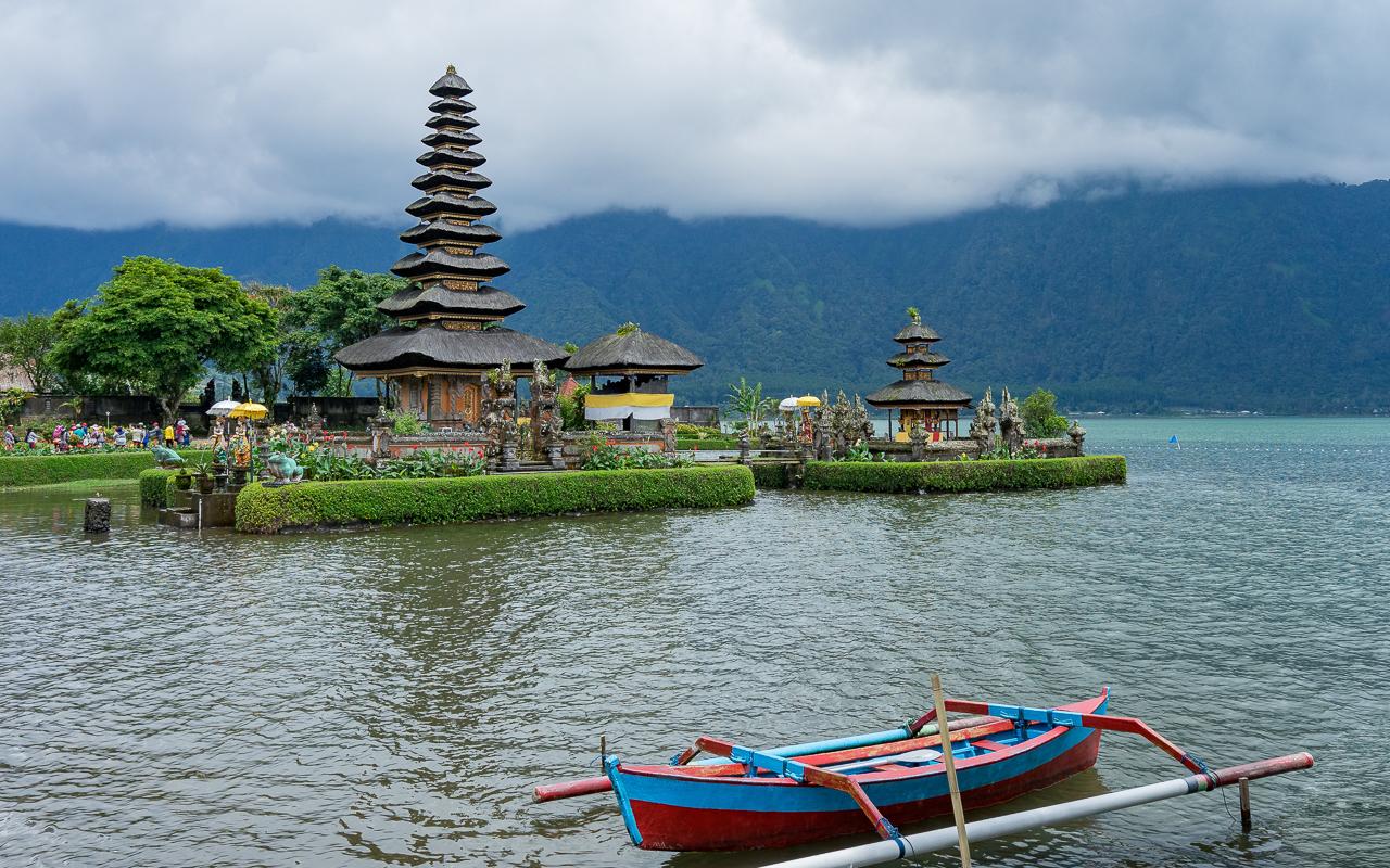 besten-ausfluege-ubud-tempel-pura-ulun-danu-bratan-2