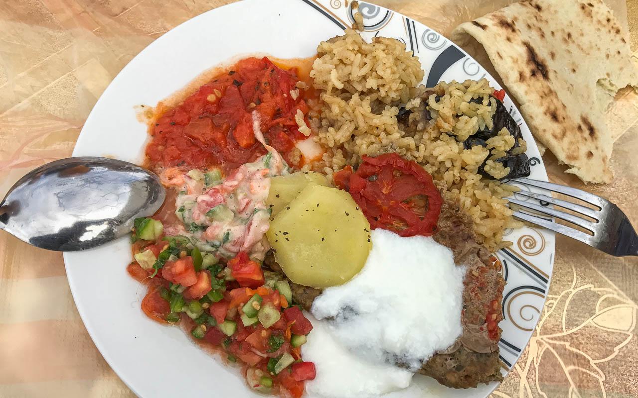 reisebericht-jordanien-rundreise-essen-bei-einheimischen
