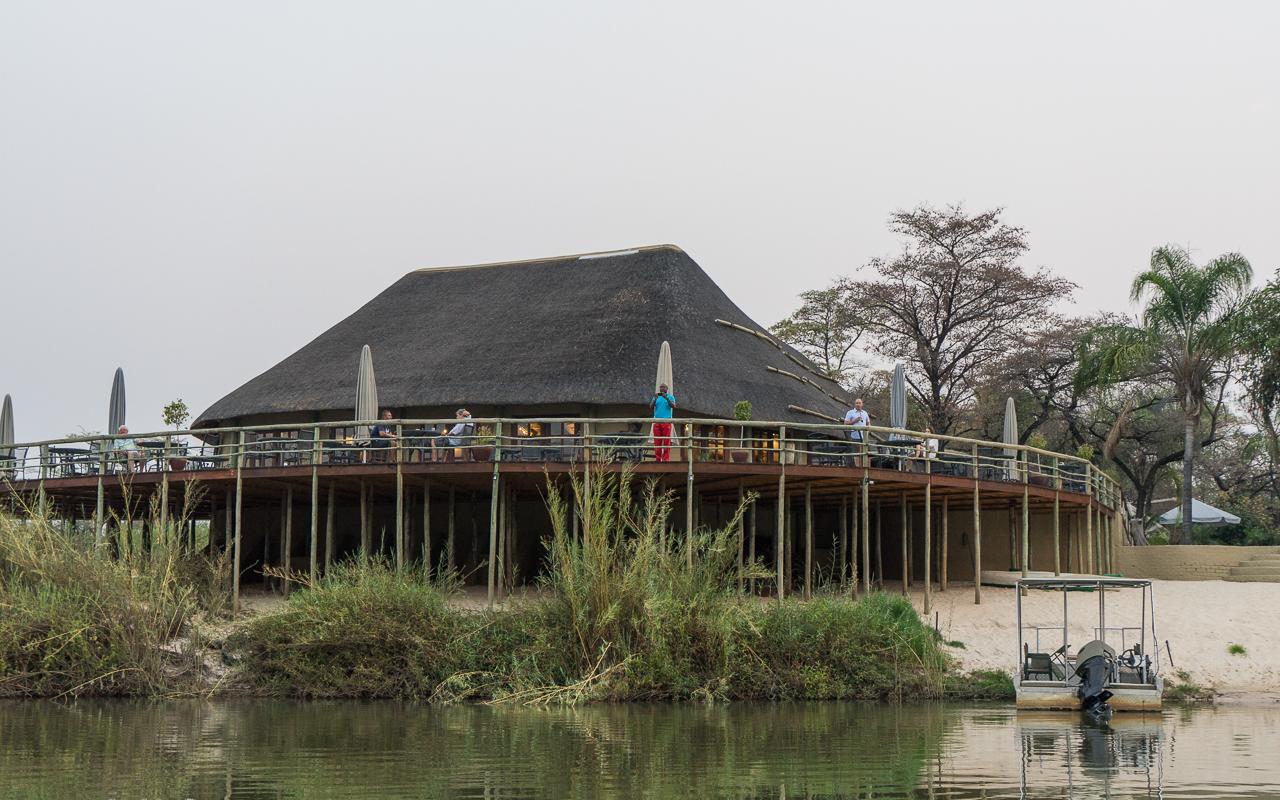 Hakusembe Lodge Okavango Fluss Namibia