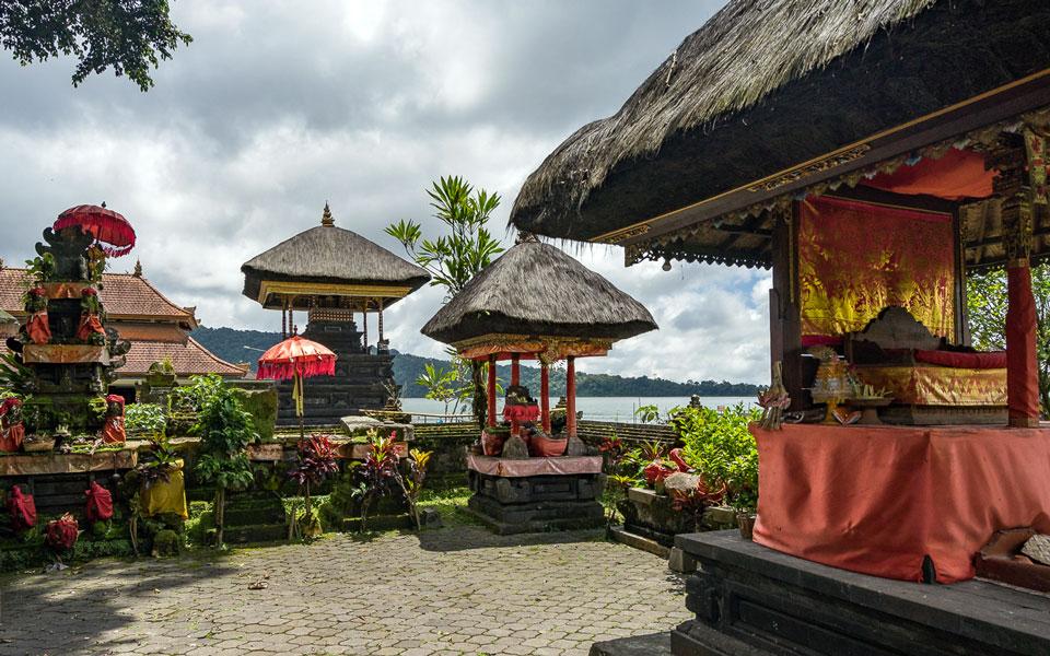 Tempel Pura Ulun Danu Bratan bei Ubud (Bali)
