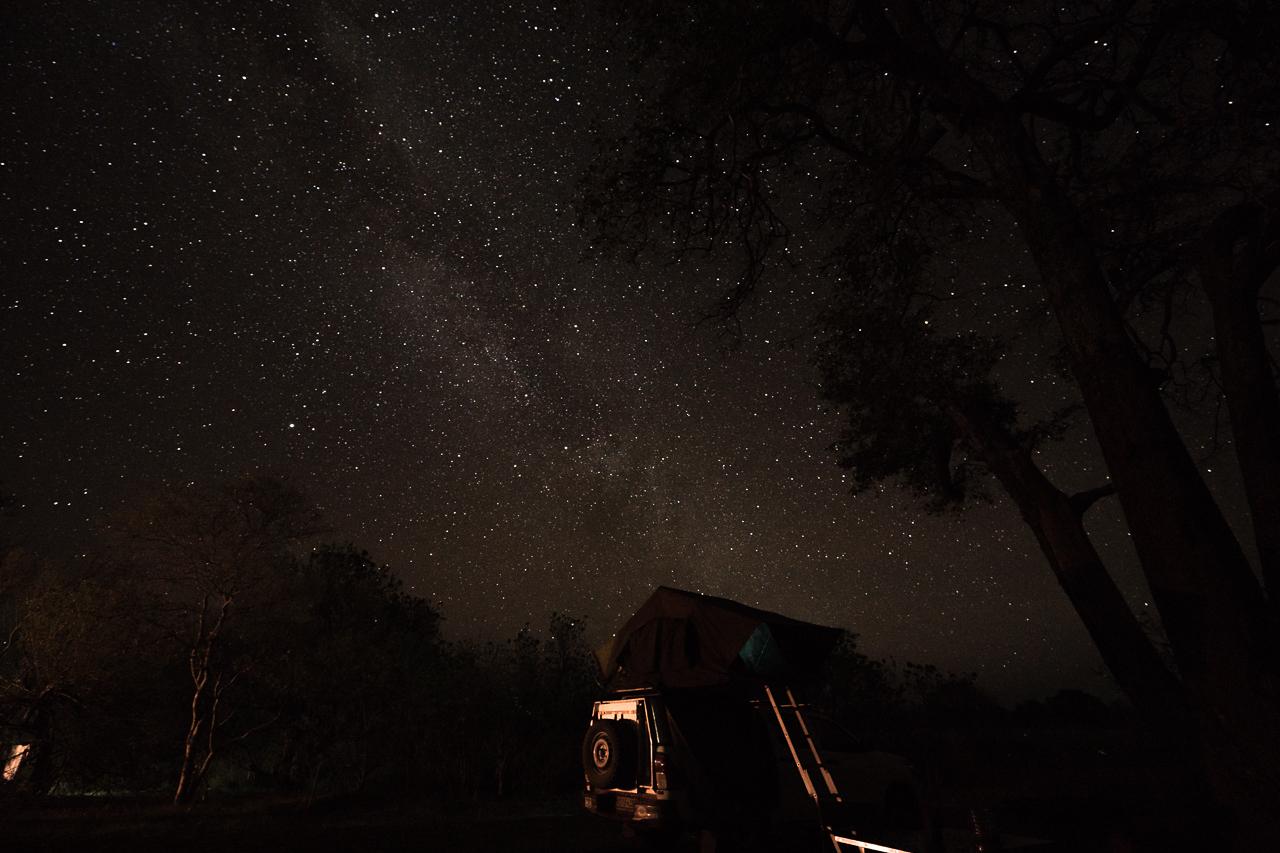 botswana-reisebericht-moremi-3rd-bridge-sternenhimmel-2