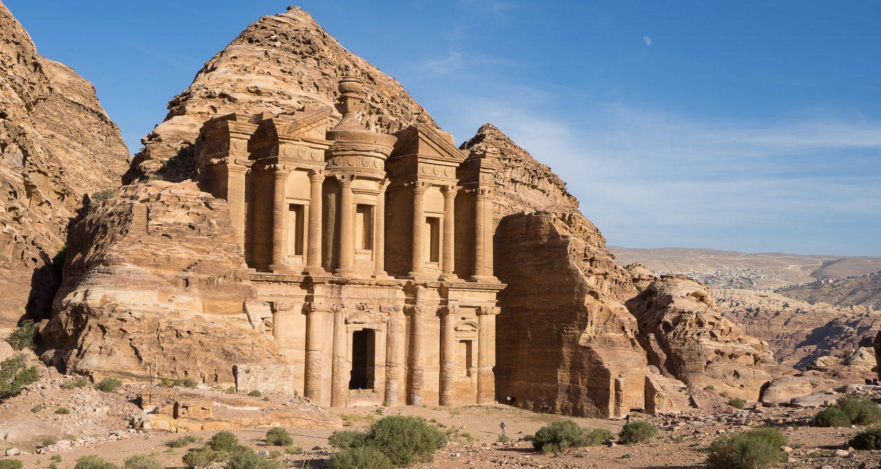 Für einen Tag zu Besuch in der Felsenstadt Petra