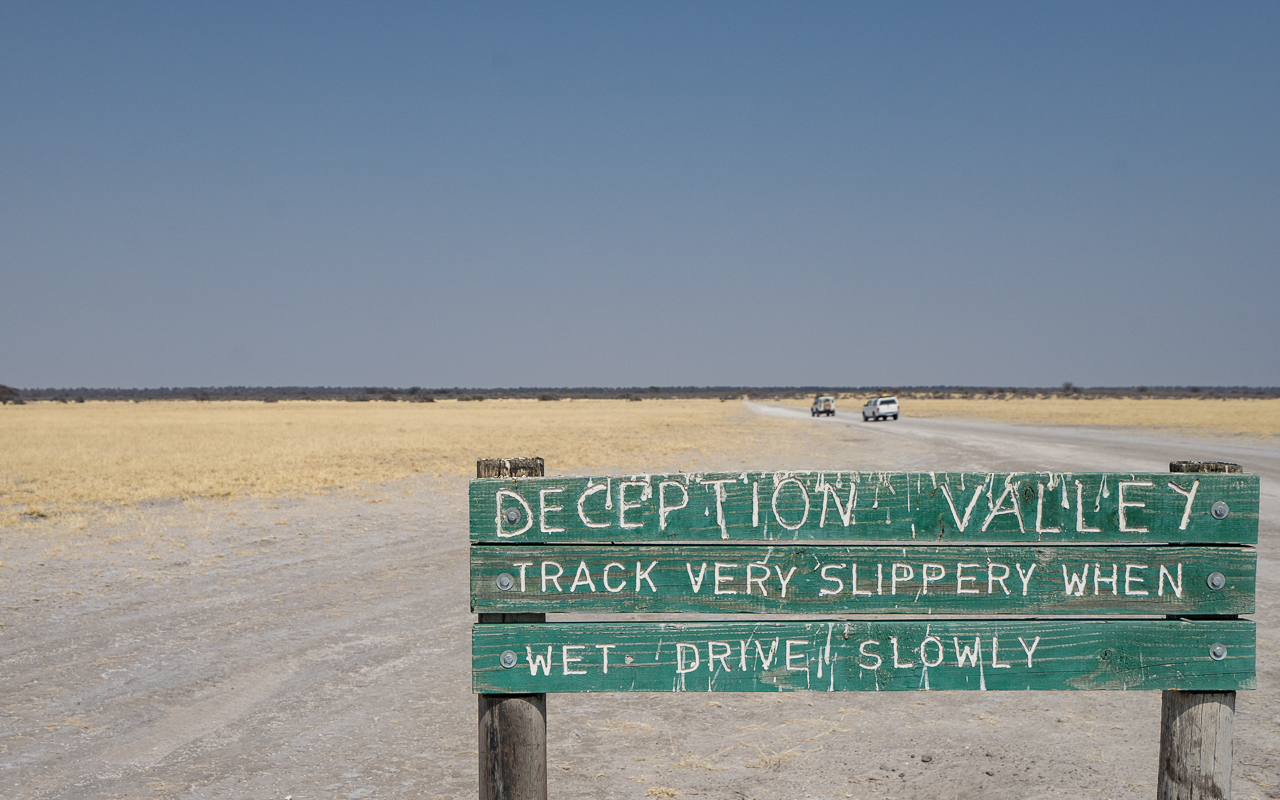 gate-ckgr-botswana-deception-valley-2