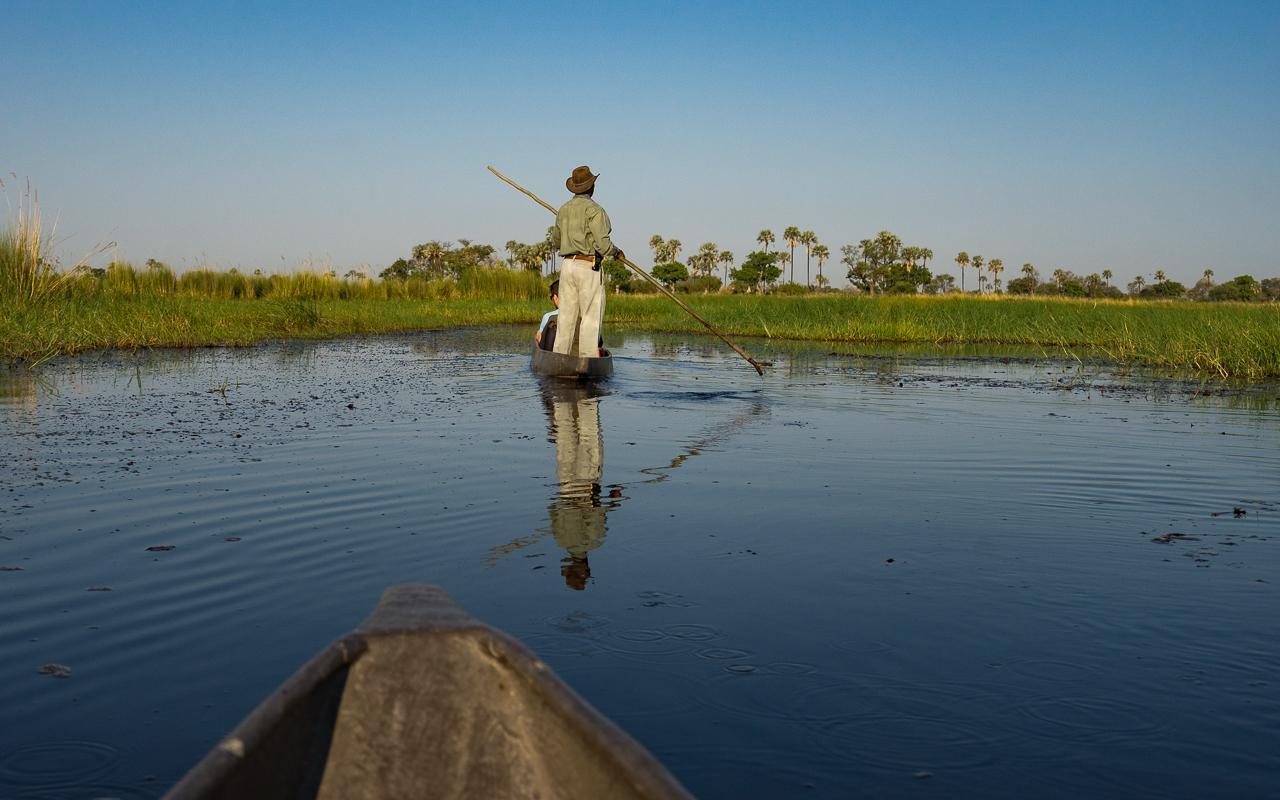 okavango-delta-mokoro-gunns-camp