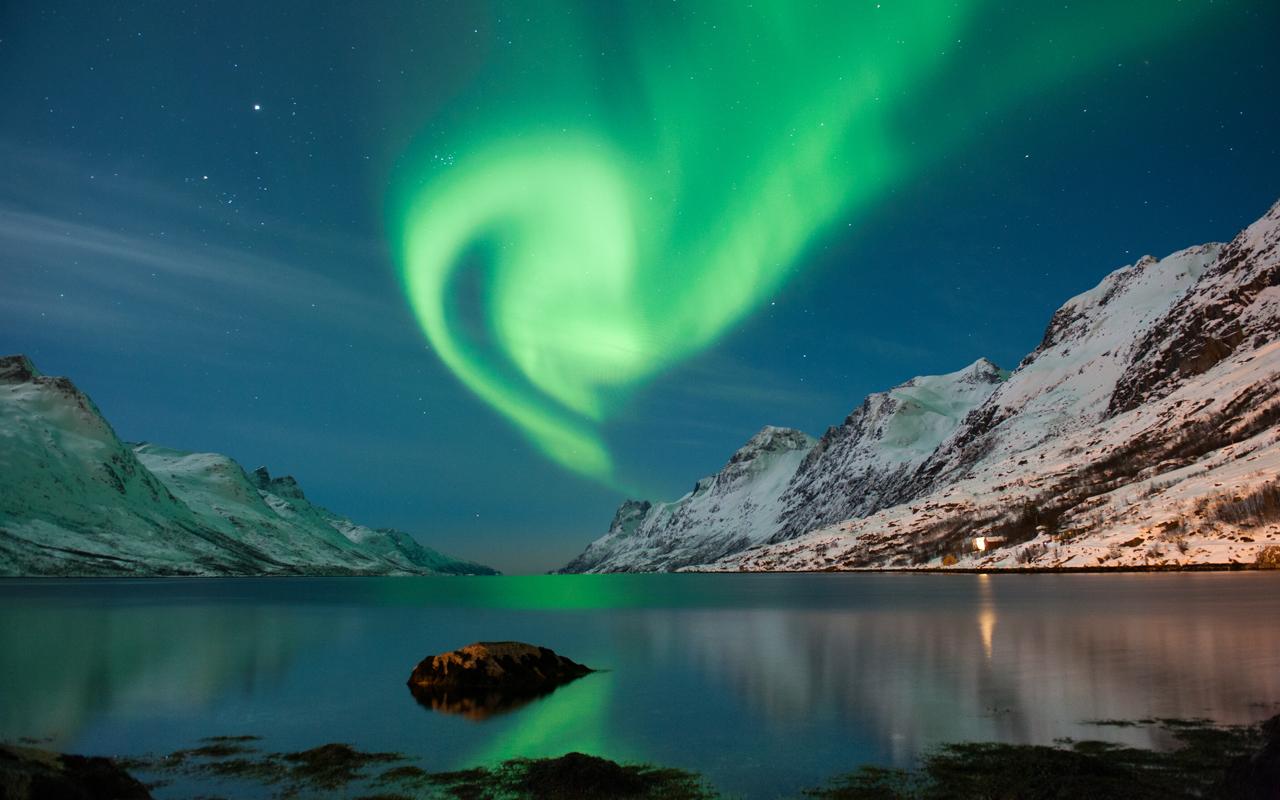 Urlaub im Februar Norwegen Polarlichter