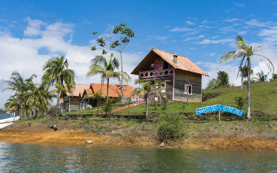Isla de la Fantasia in Guatapé eine kleine Insel