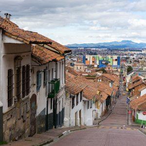 Kolumbien Reisebericht Bogota La Candelaria steil