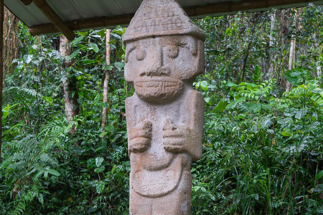 kolumbien-reisebericht-san-agustin-steinfiguren-4