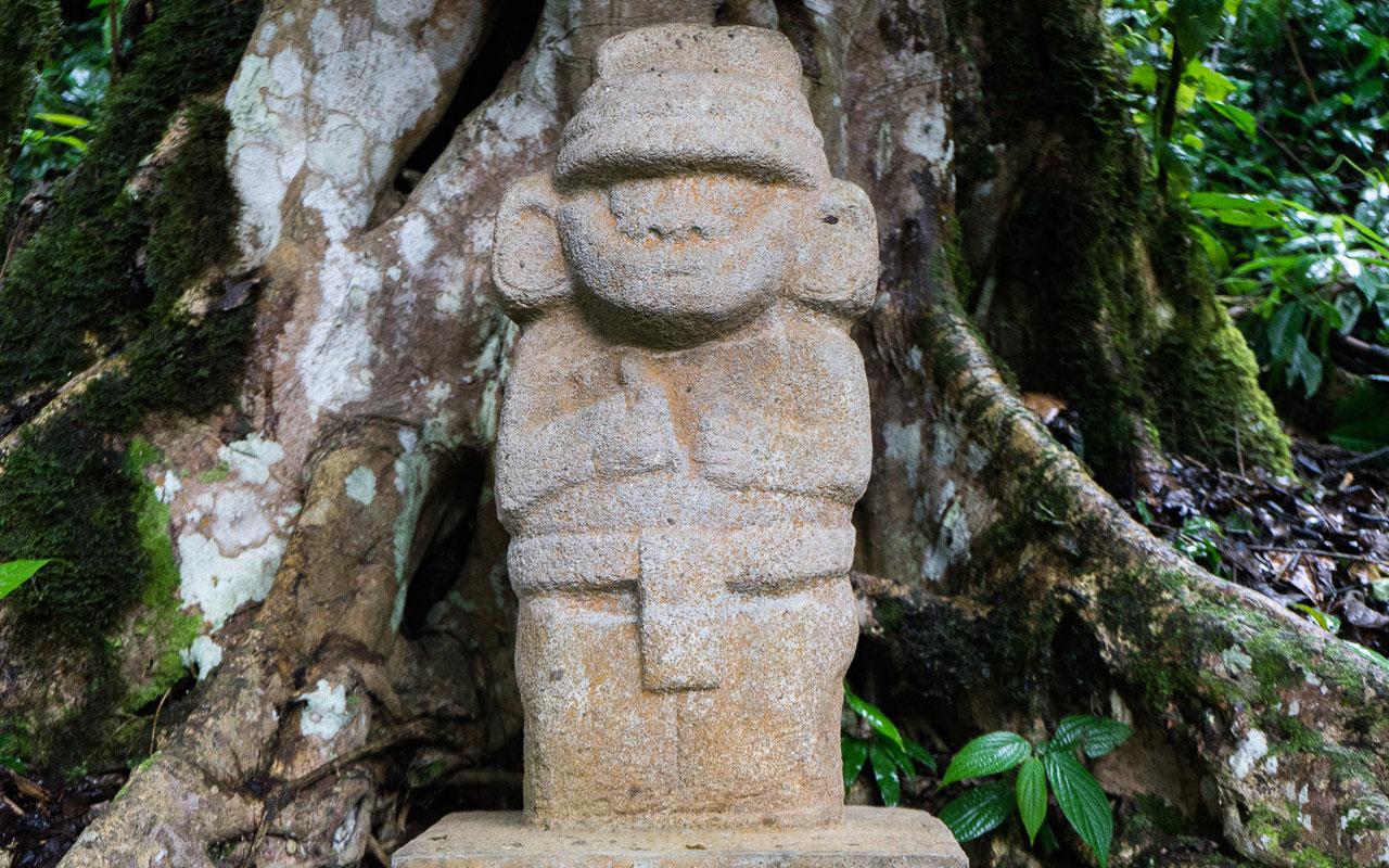kolumbien-reisebericht-san-agustin-steinfiguren-5