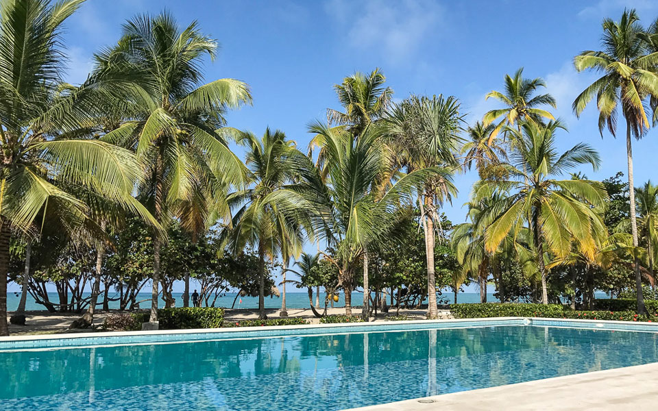 Palomino Hukumeizi Hotel mit Pool