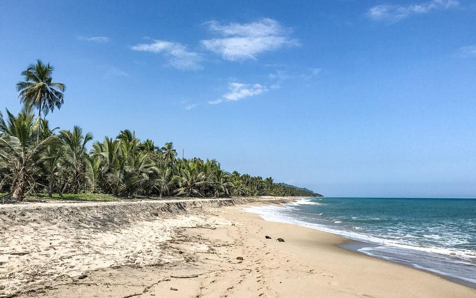 Traumhafter Strand und Erholung Palomino in Kolumbien