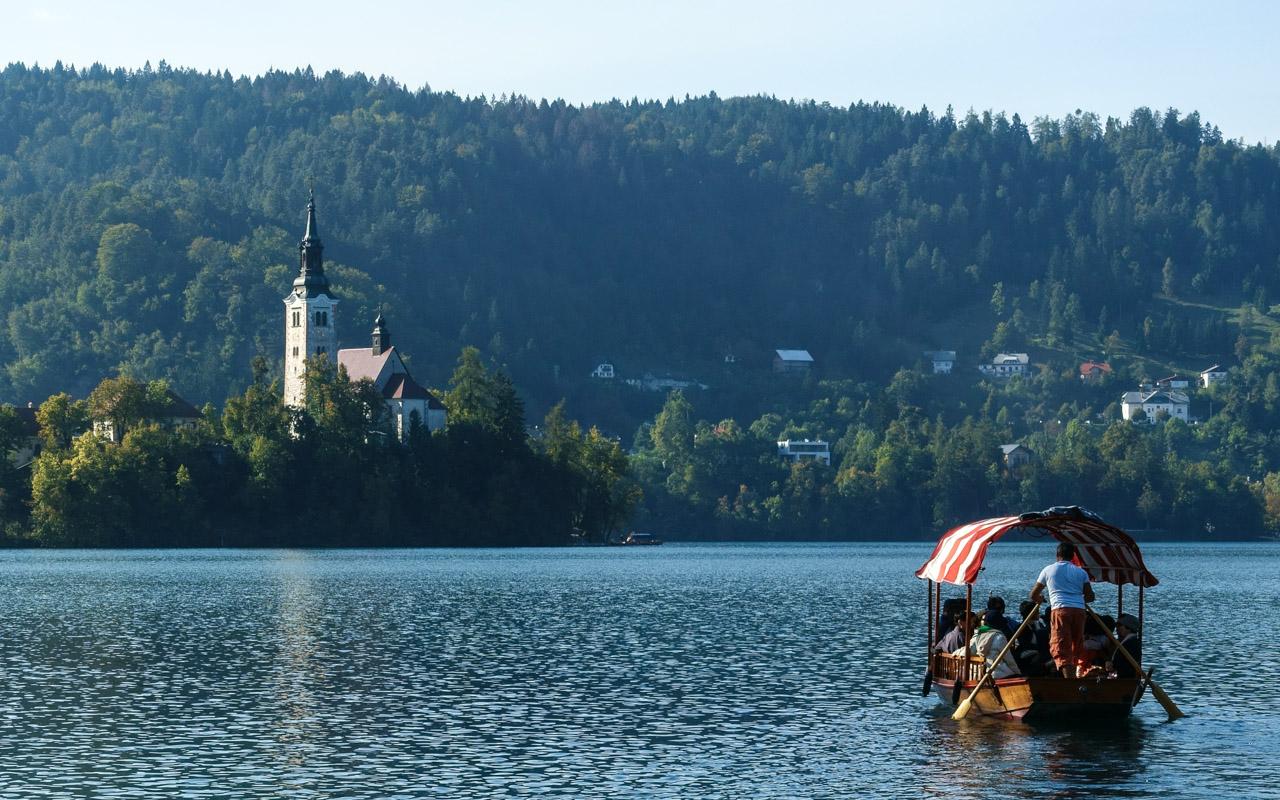 Slowenien Bleder See Bootstour