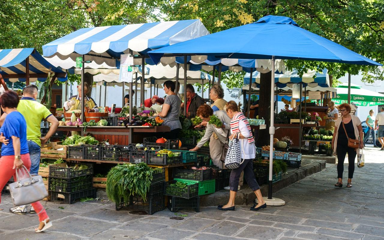 Slowenien Marktstand in Izola
