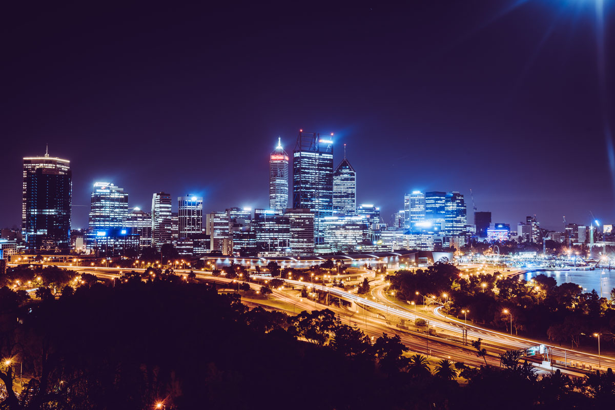 Perth Skyline bei Nacht vom Kings Park