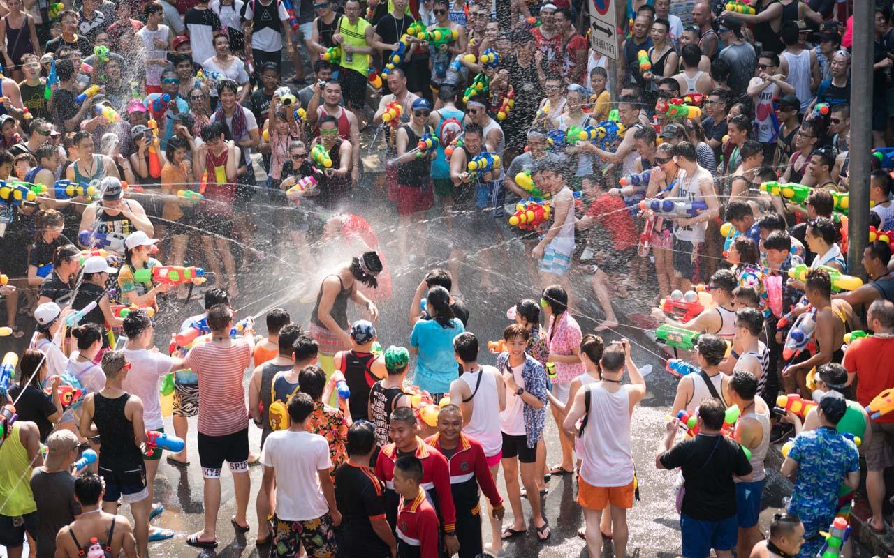 Urlaub im April in Thailand mit Songkran Wasserfestival