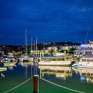 Knysna Waterfront am Abend