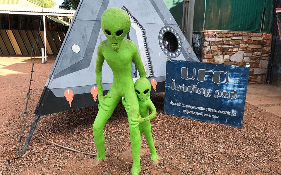 UFO Landing Pad, Wycliffe Well Roadhouse Australien Outback