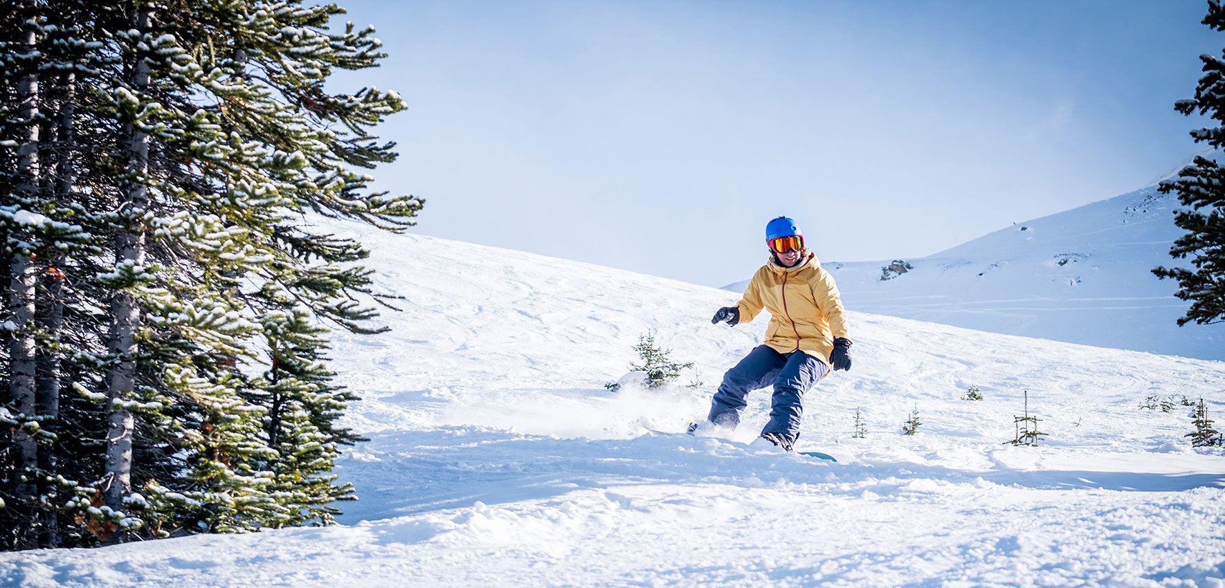 jasper-kanada-winter-snowboarden