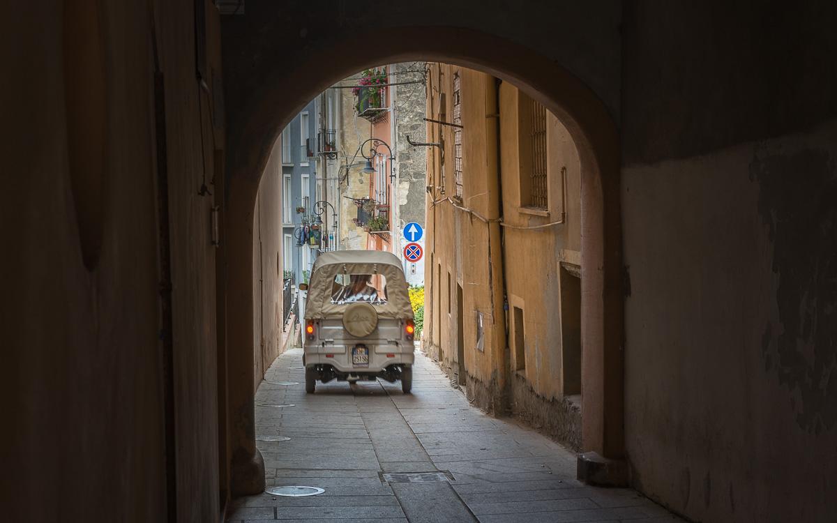 Ape in Castello Cagliari