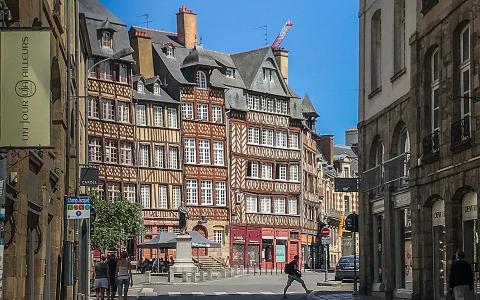 Place du Champ Jaquet Rennes Bretagne