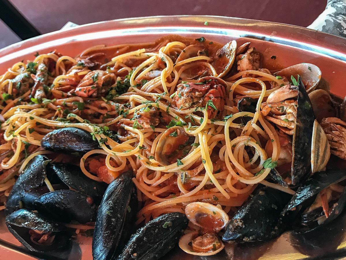 Essen Sardinien Spaghetti mit Muscheln