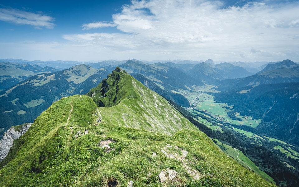 bregenzerwald-wandern-gipfel-kanisfluh