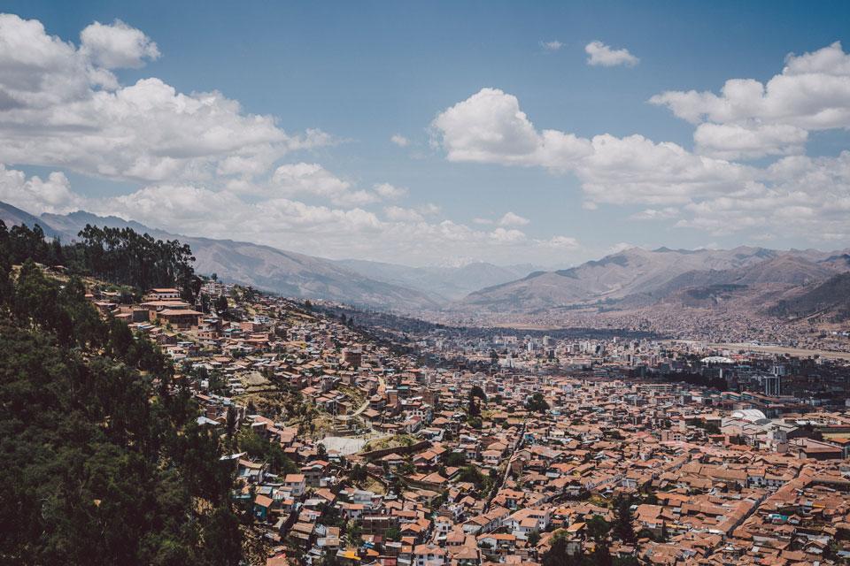 cusco-sacsayhuama-blick-ausangate