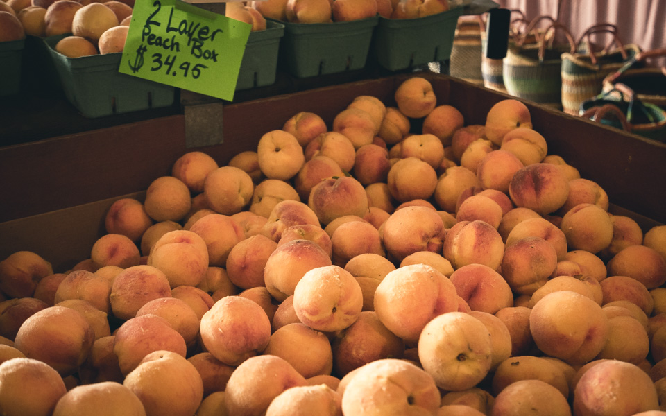 kootenay-rockies-farmen-pfirsiche