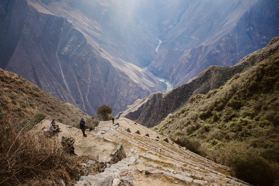 peru-reisebericht-choqueciaro-lama-terrassen