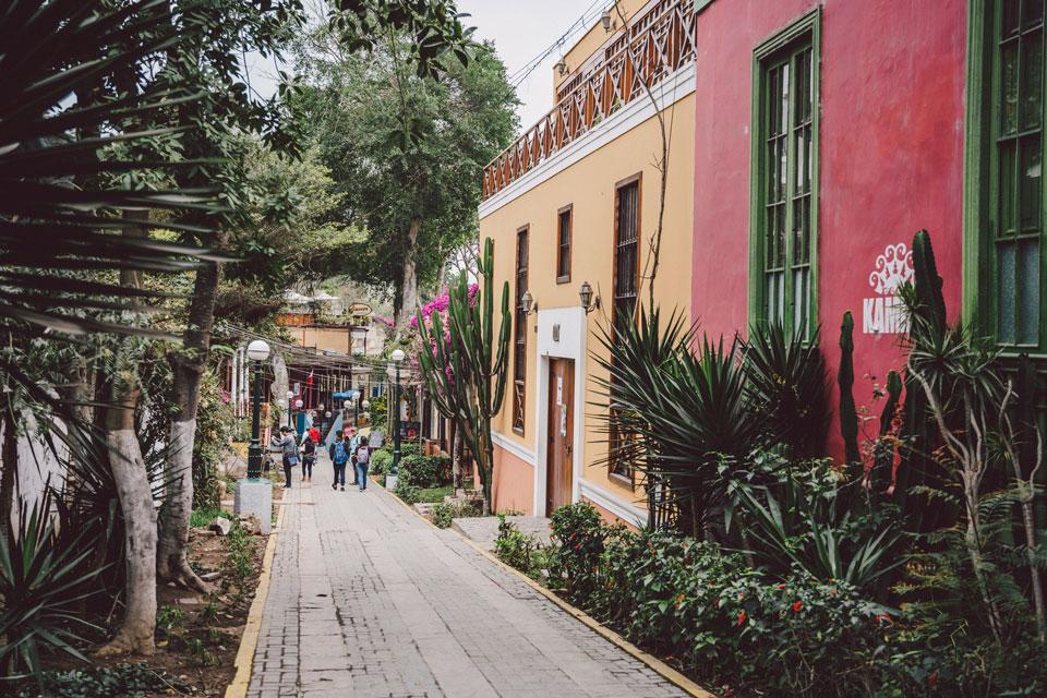 peru-reisebericht-lima-baranco-street-walk