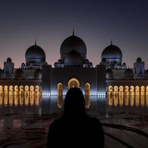abu-dhabi-sheikh-zayed-moschee-nachts