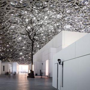 Louvre Abu Dhabi innen Dach