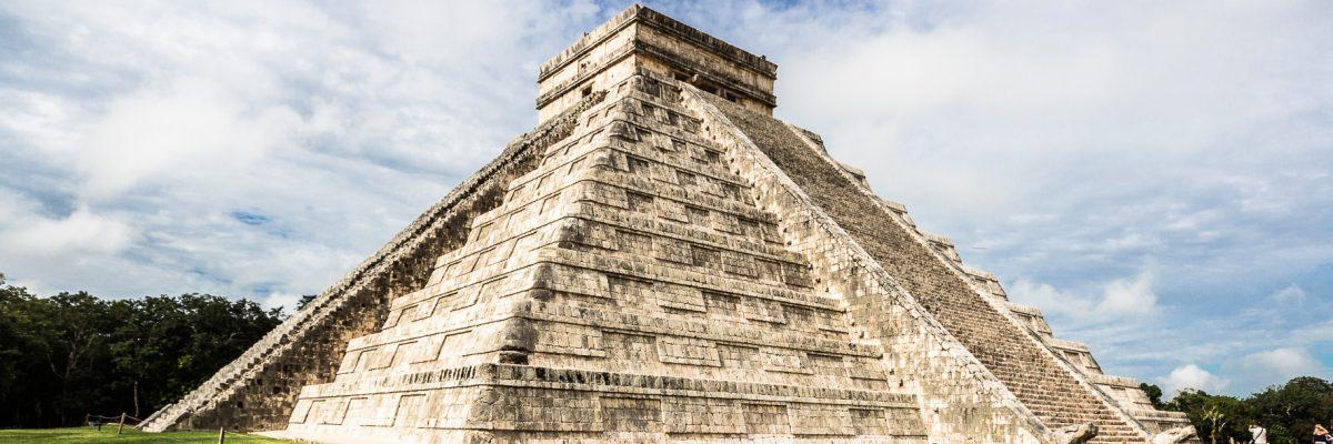 """An einem Tag: Chichen Itza, Cenote """"Ik Kil"""" – Valladolid – Cobá und Cenotes"""