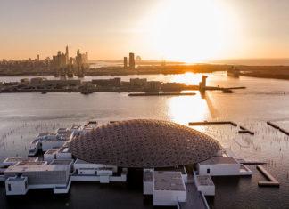Louvre Abu Dhabi Sonnenuntergang