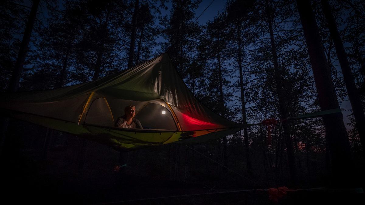 Nacht im Tentsile Teijo Nationalpark Finnland