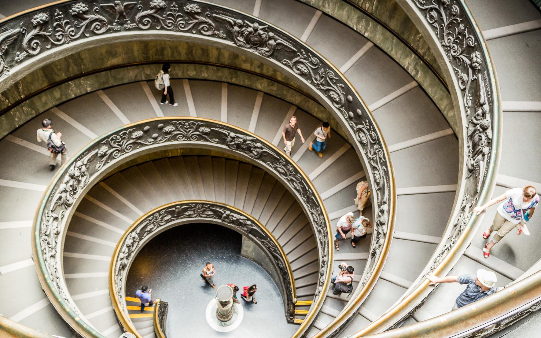 Treppe im Vatikanischen Museum Vatikanstadt