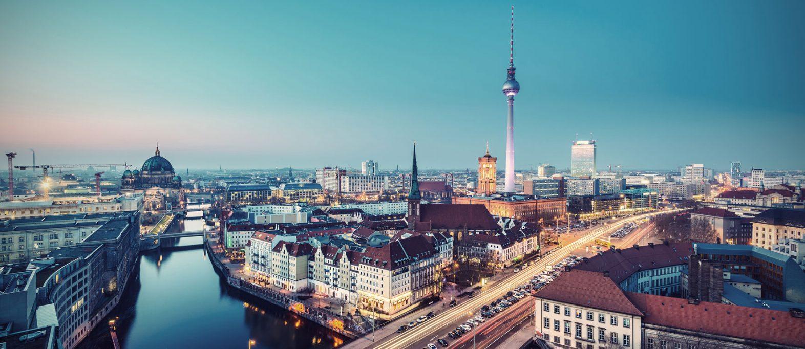 Berlin Aussicht auf Alexanderturm