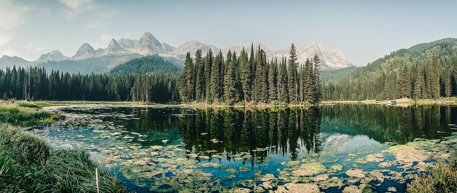 Traumhafter Island Lake Kanada