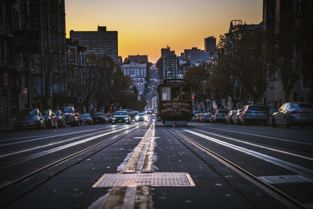 california-street-cable-car