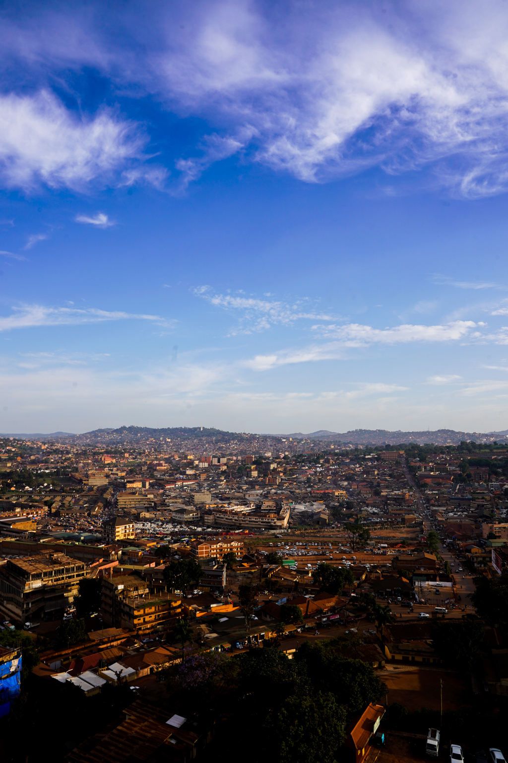 Highlights in Uganda: Gorillas, Löwen, Giraffen & Wasserprojekte 171