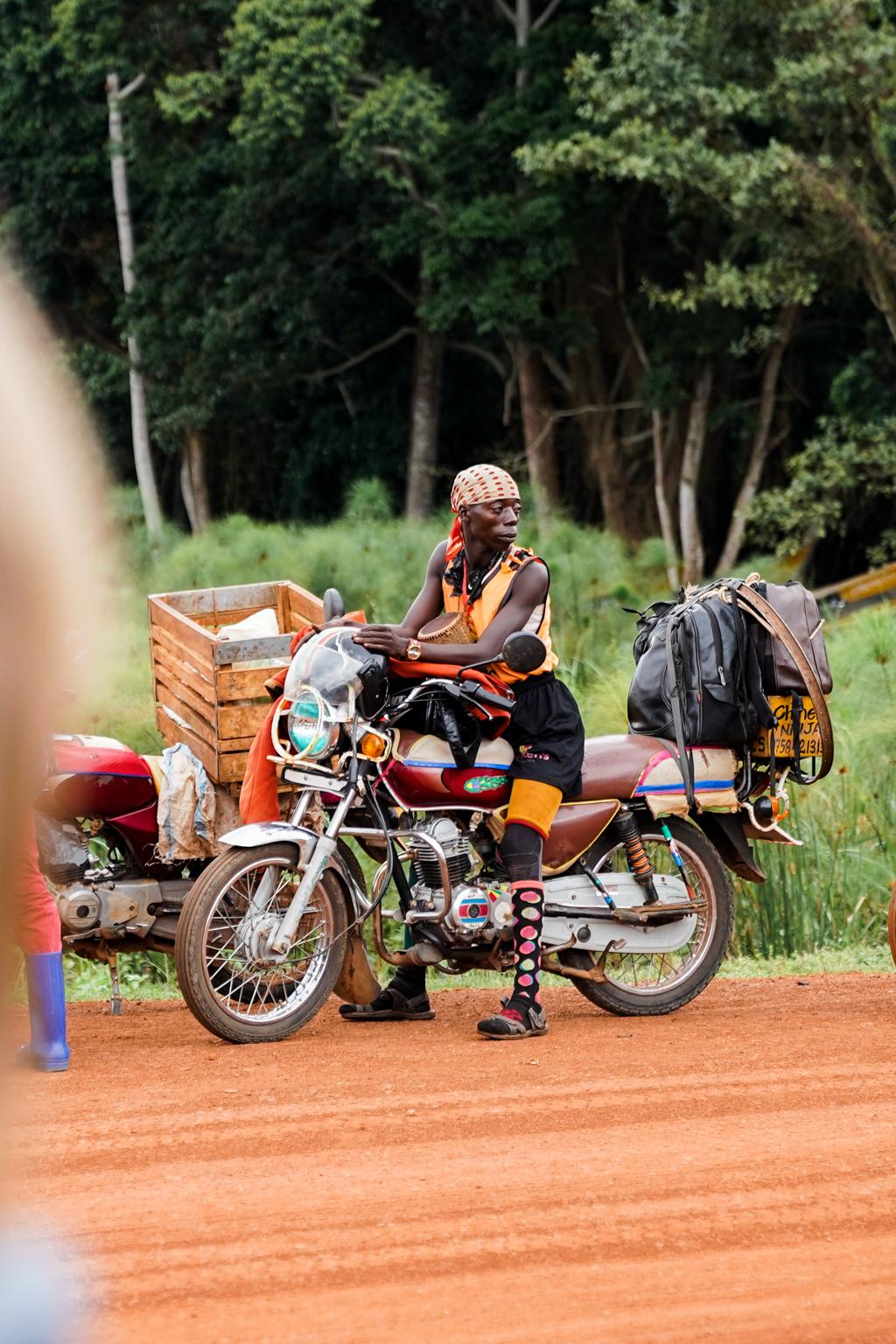Highlights in Uganda: Gorillas, Löwen, Giraffen & Wasserprojekte 180
