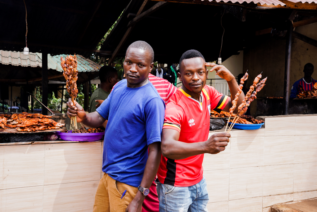 Highlights in Uganda: Gorillas, Löwen, Giraffen & Wasserprojekte 177