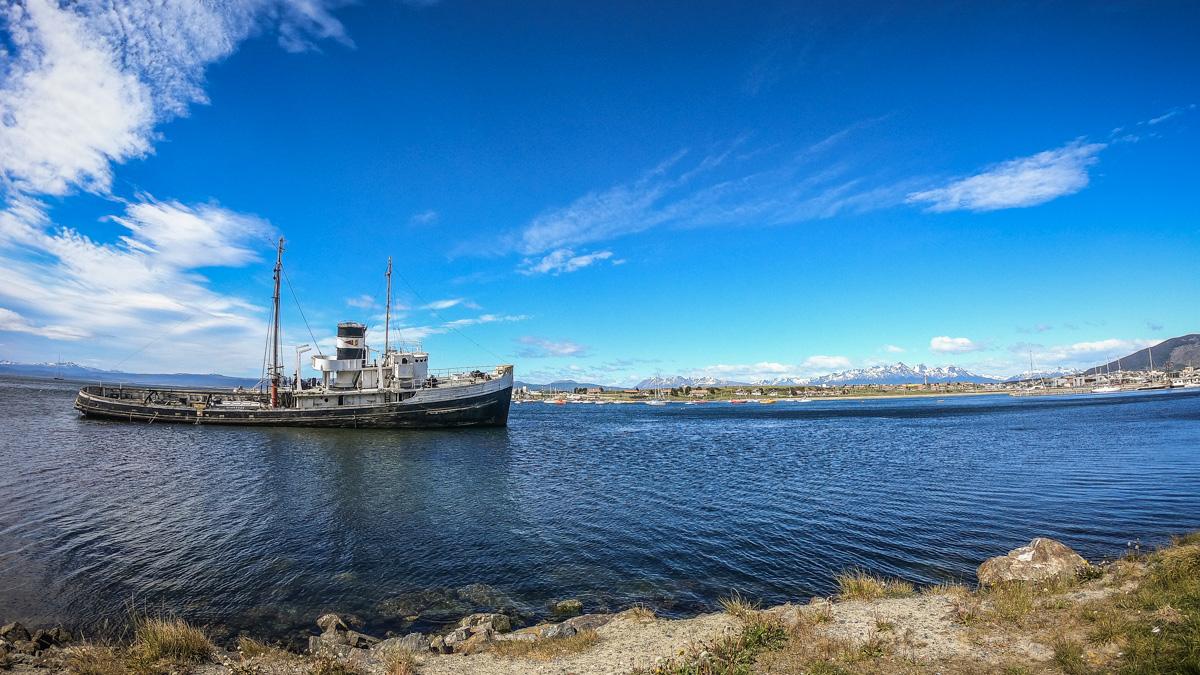Schiffswrack Hafen Ushuaia