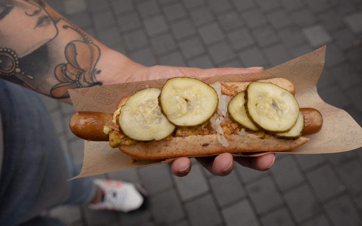 restaurants-kopenhagen-organic-hotdog