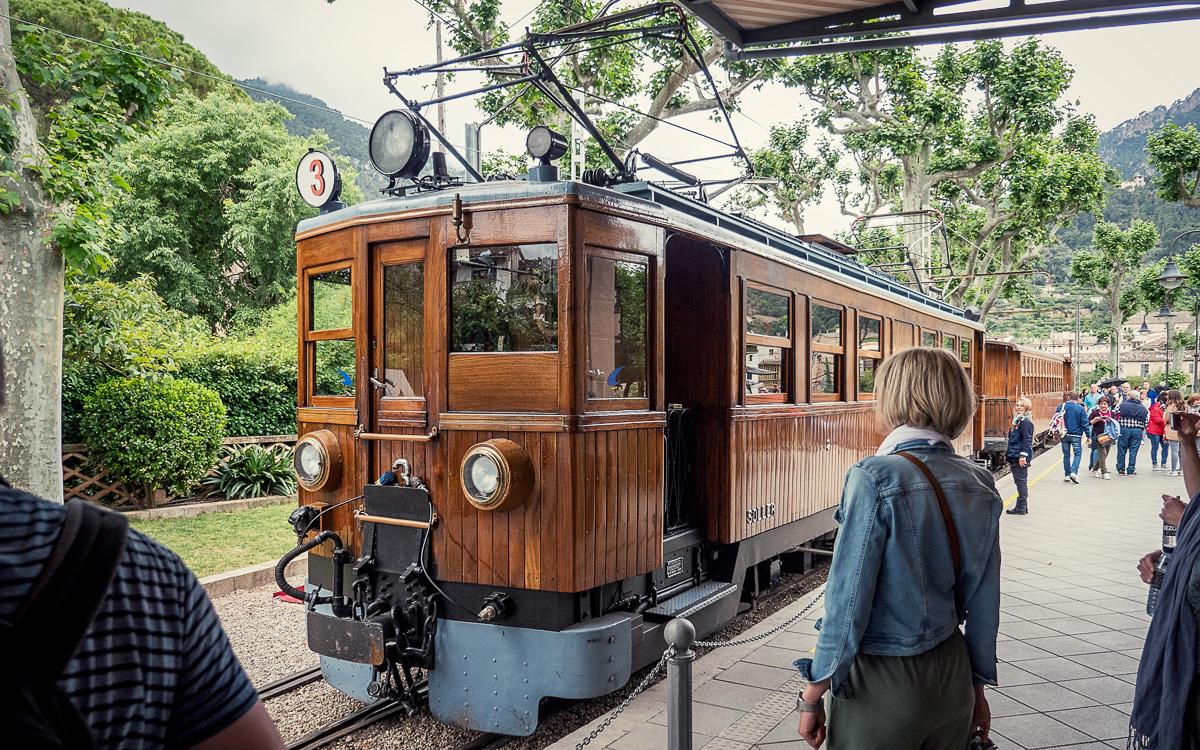 mallorca-tipps-tren-de-soller-bahnhof