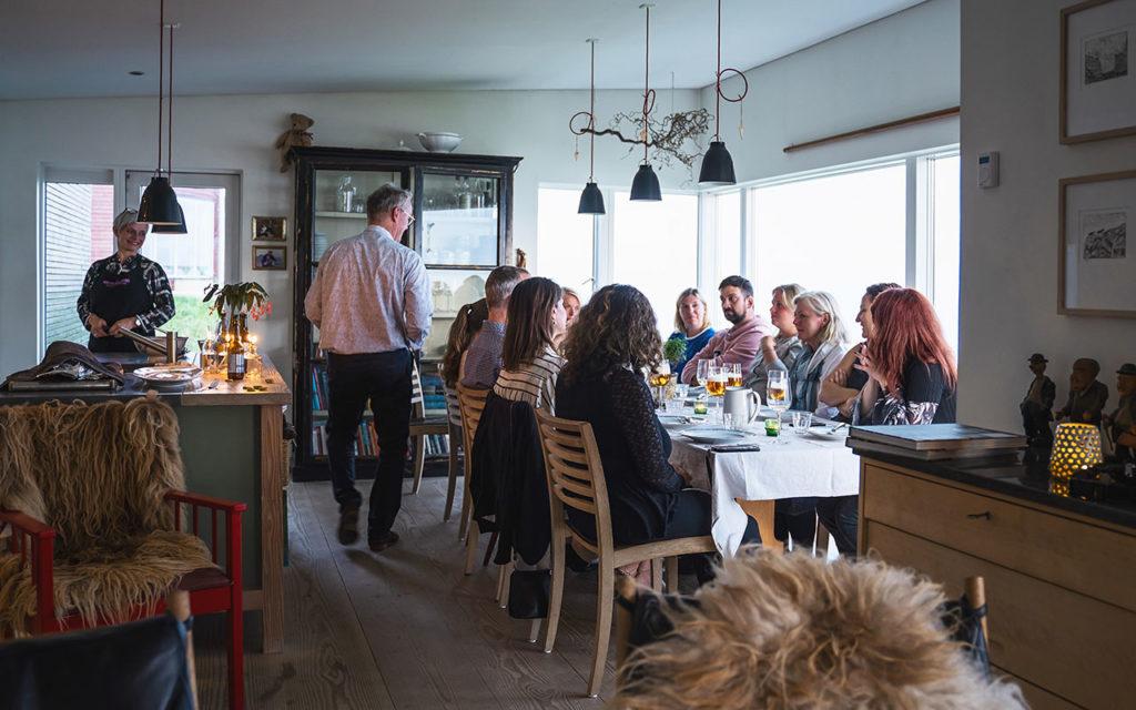 Färöer Heimablídni - Essen bei Einheimischen