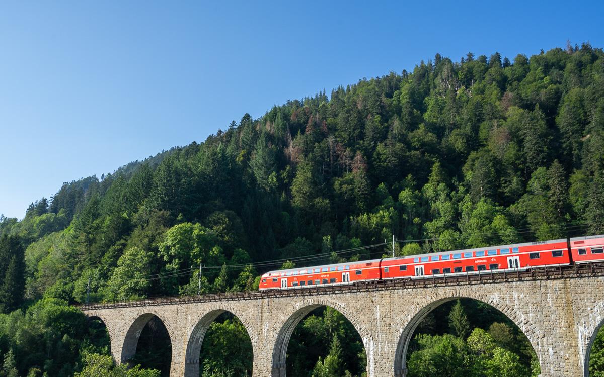 roadtrip-schwarzwald-ravennaschlucht-höllentalbahn